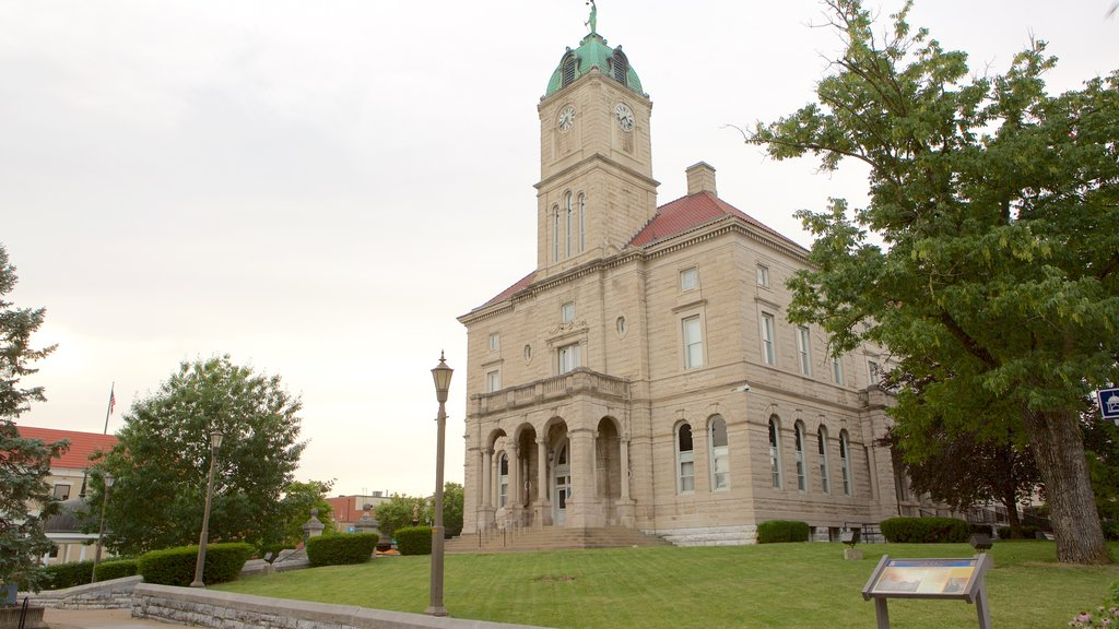 Harrisonburg which includes heritage elements and an administrative buidling