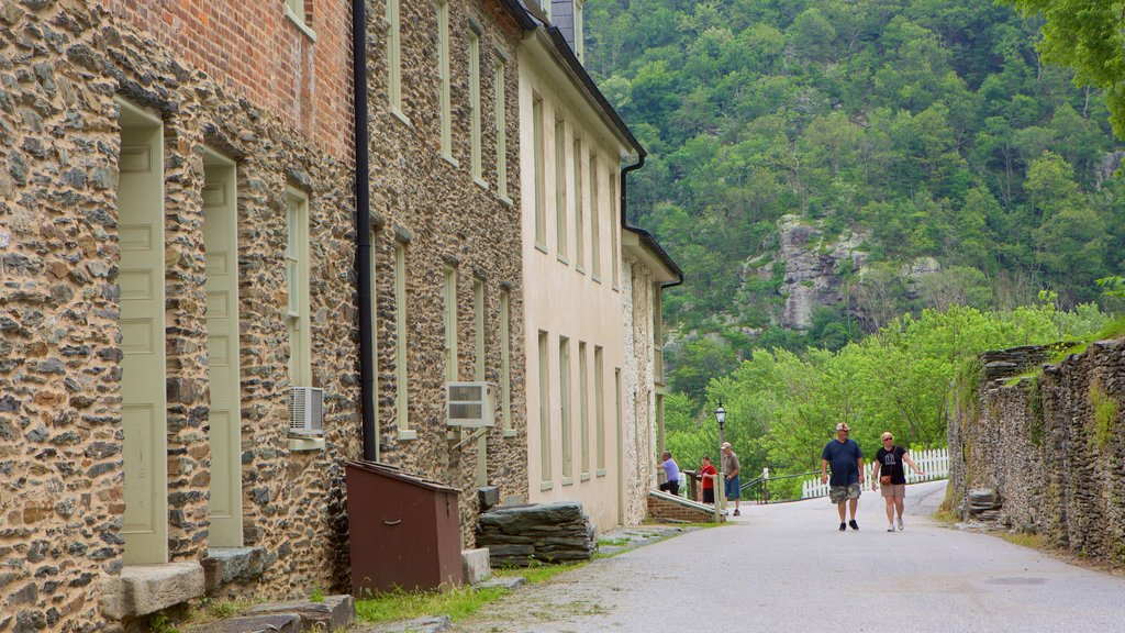 Harpers Ferry National Historical Park featuring heritage elements and a small town or village