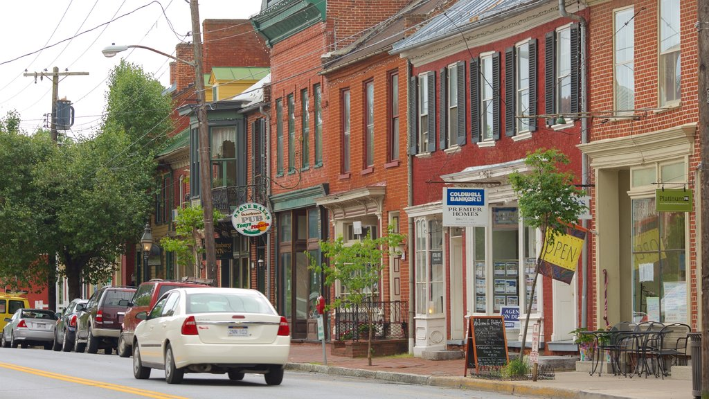 Shepherdstown which includes heritage elements, a small town or village and street scenes