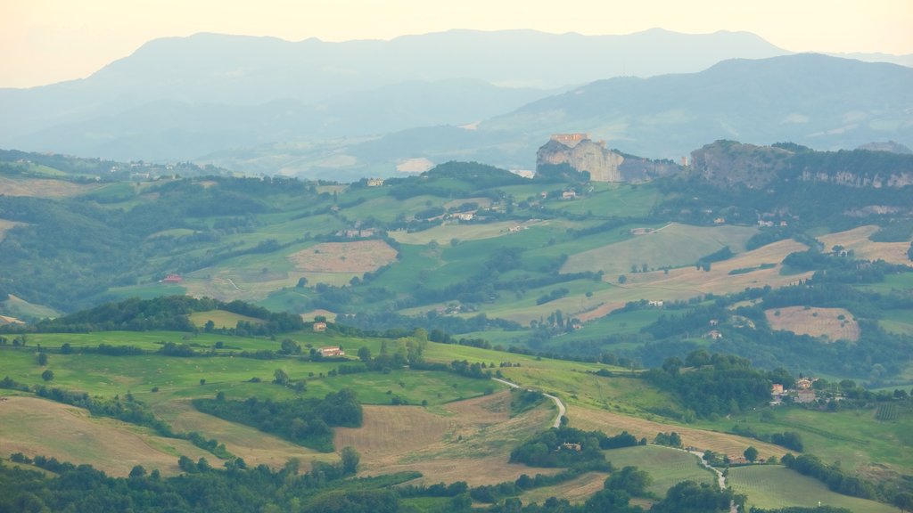 San Marino showing tranquil scenes, farmland and landscape views