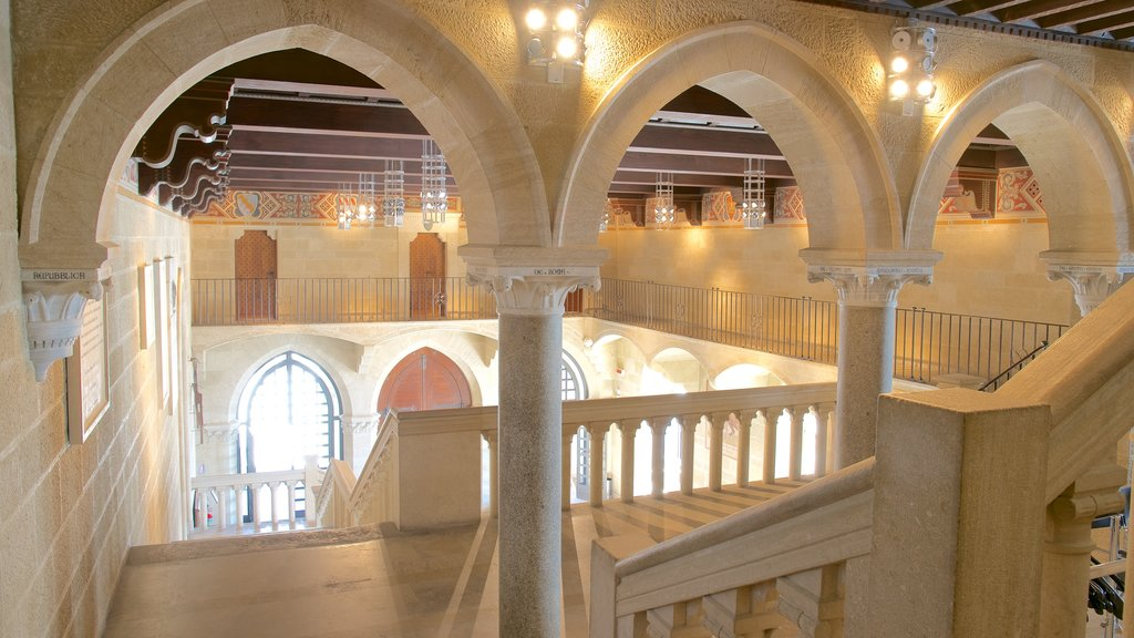 Palazzo Pubblico showing heritage architecture, interior views and an administrative buidling