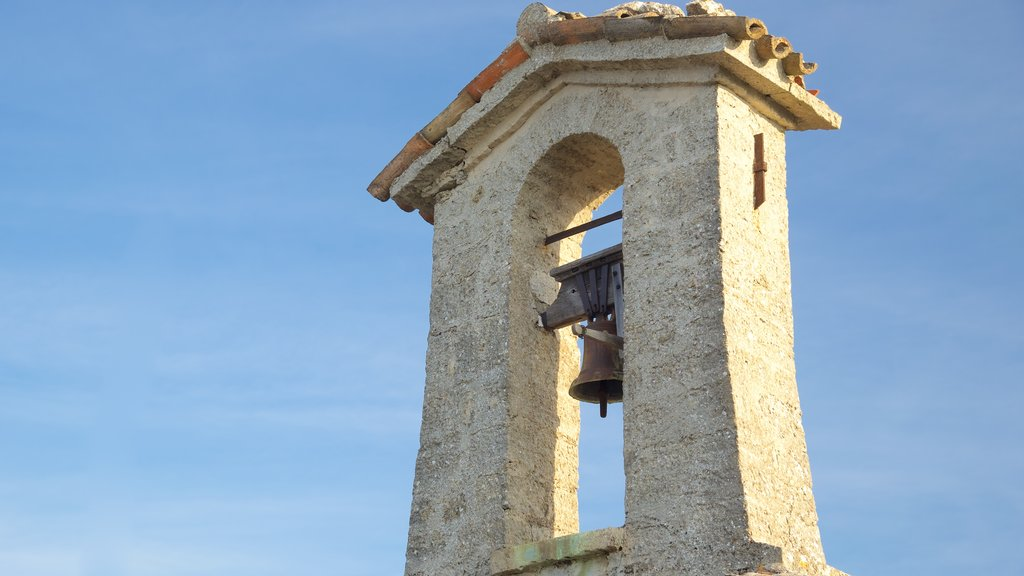 Cesta Tower which includes a castle and heritage elements