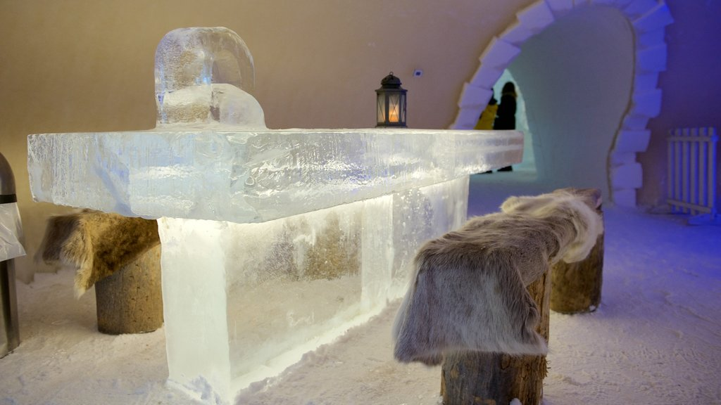 Kemi Snow Castle featuring snow, a bar and interior views