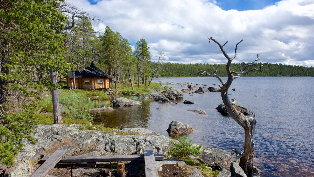 Inari showing a house, tranquil scenes and a lake or waterhole