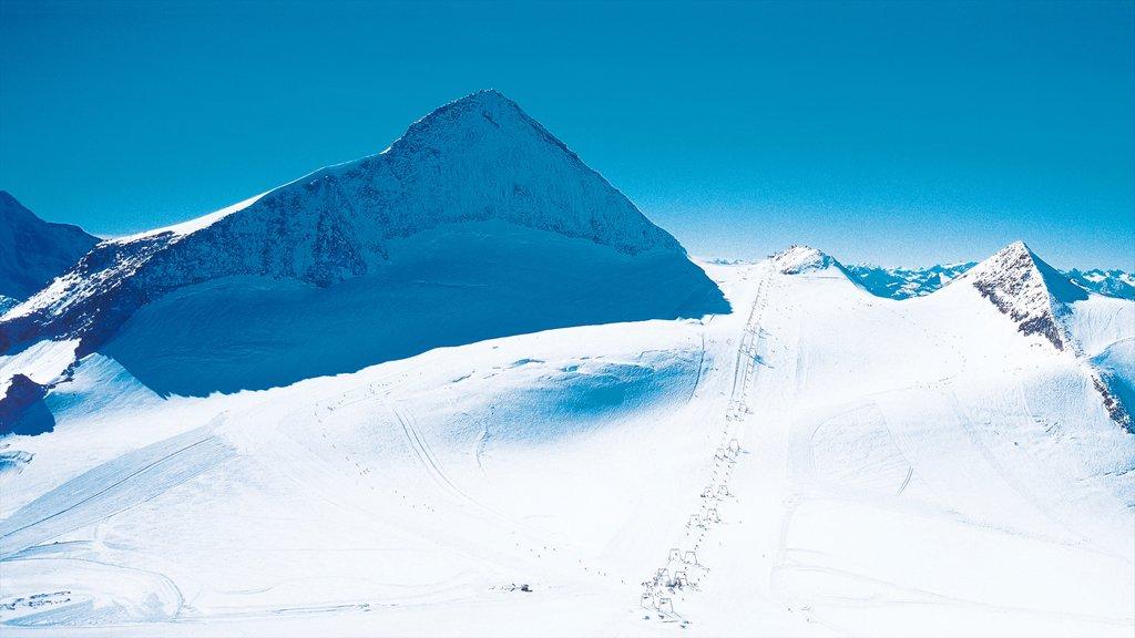 Hintertux Glacier Ski Resort showing snow and mountains