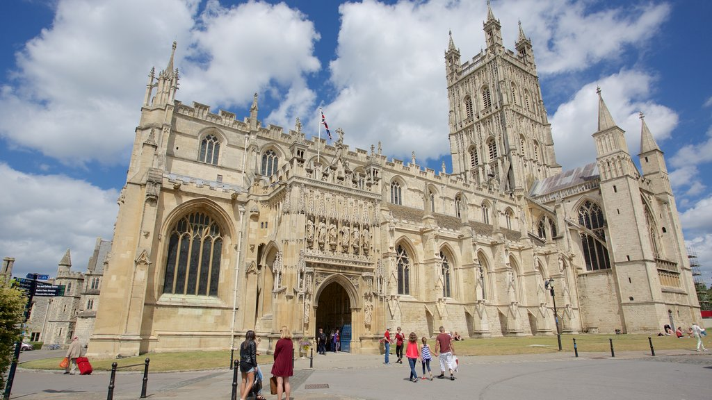 Gloucester Cathedral which includes a church or cathedral and heritage architecture