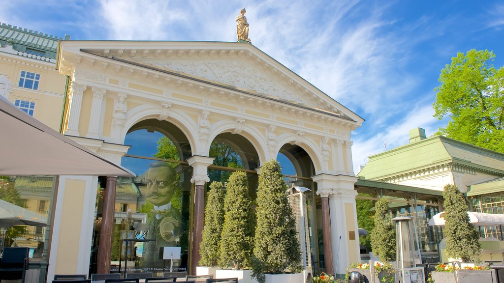 Esplanadi featuring heritage architecture