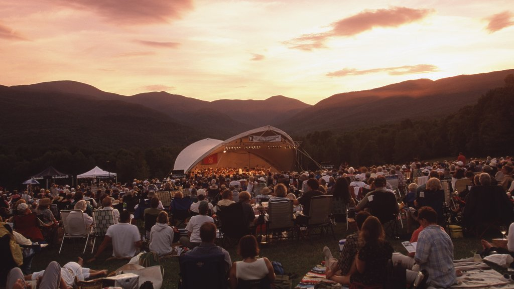 Stowe which includes music, a festival and landscape views