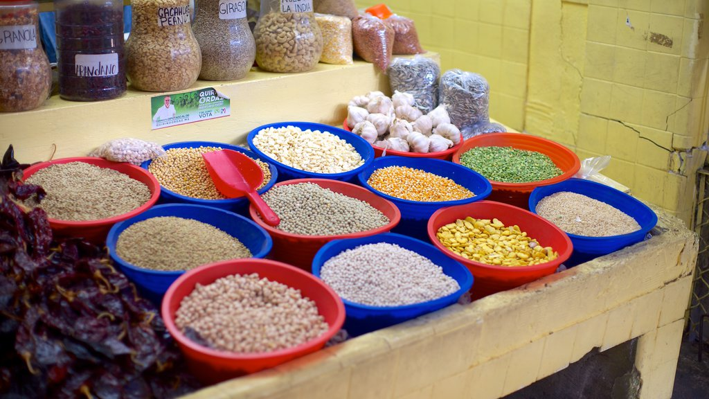 Jose Maria Pino Suarez Municipal Market featuring markets and food