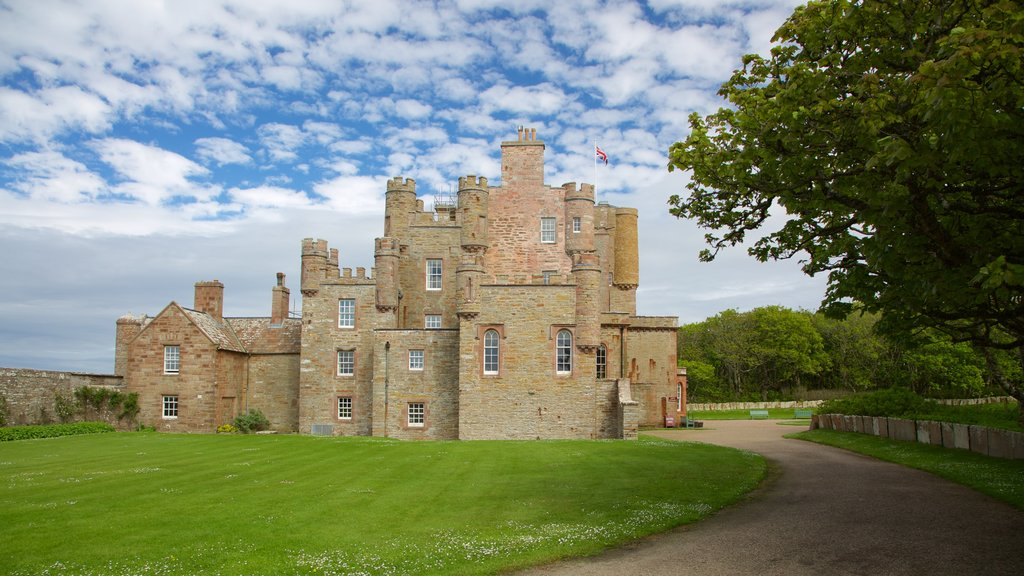 Castle of Mey showing heritage elements, heritage architecture and a castle