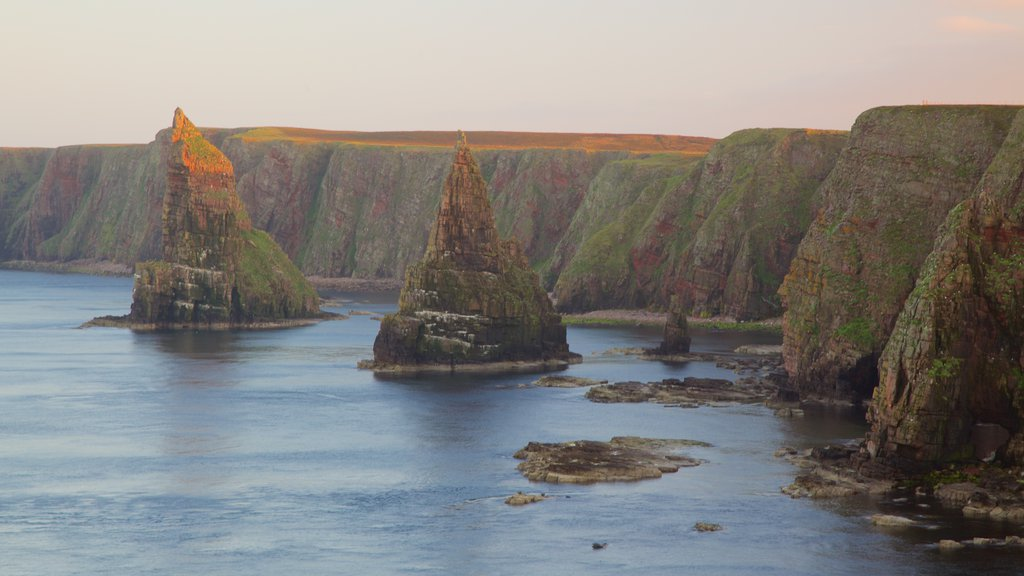 Duncansby Head which includes rocky coastline
