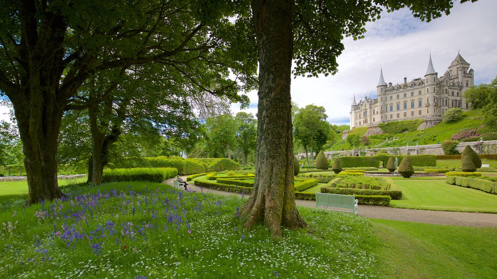 Dunrobin Castle which includes heritage elements, a garden and heritage architecture