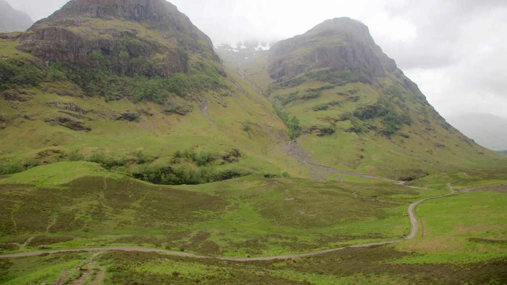 Glencoe showing tranquil scenes and mountains