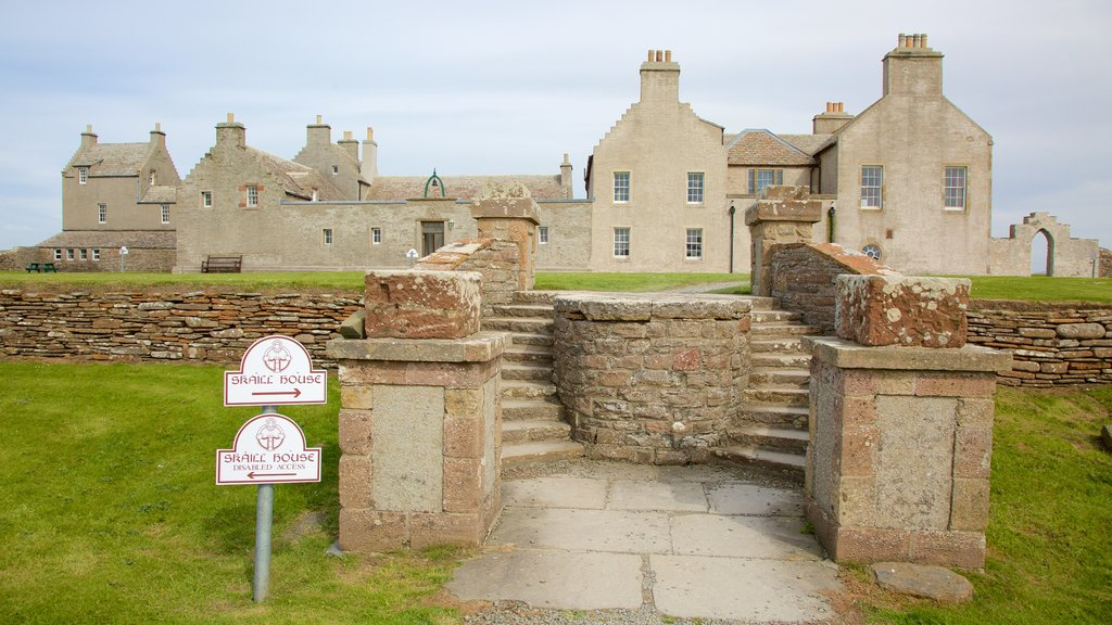 Skara Brae which includes heritage architecture and heritage elements