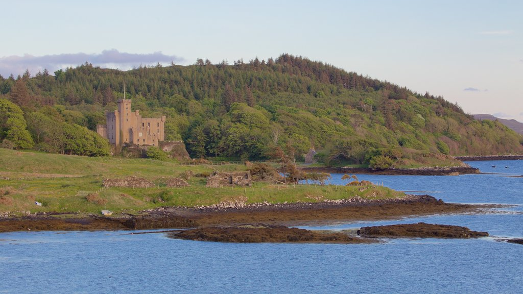 Dunvegan Castle which includes tranquil scenes, general coastal views and heritage architecture