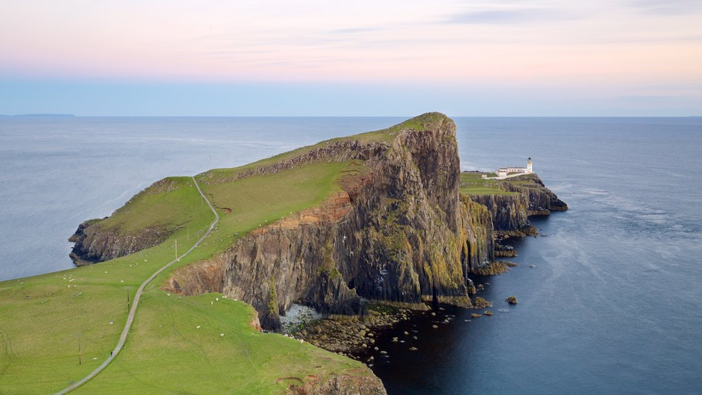 Isle of Skye showing tranquil scenes, a lighthouse and rocky coastline