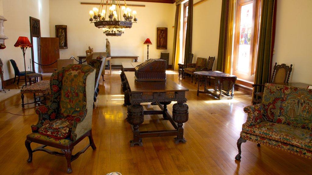 Burrell Collection mostrando elementos del patrimonio y vistas interiores
