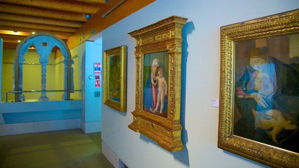 Burrell Collection mostrando elementos del patrimonio y arte