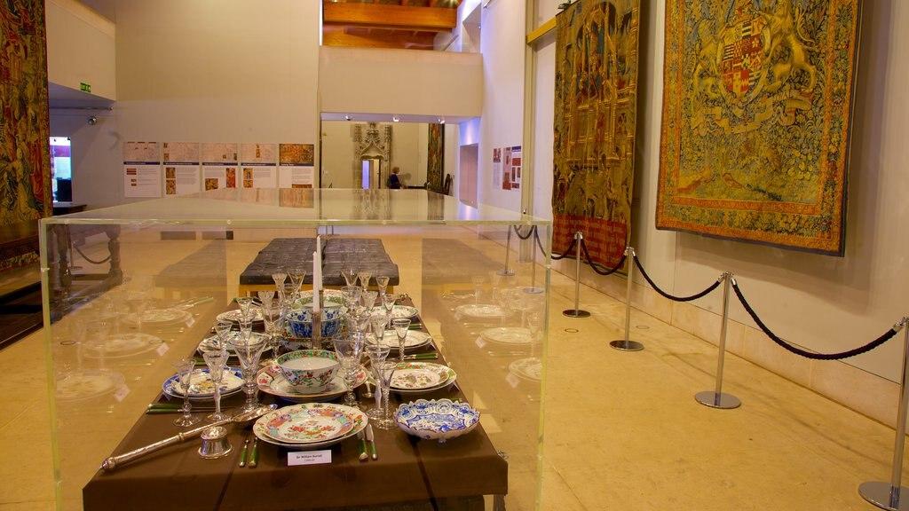 Burrell Collection ofreciendo elementos del patrimonio