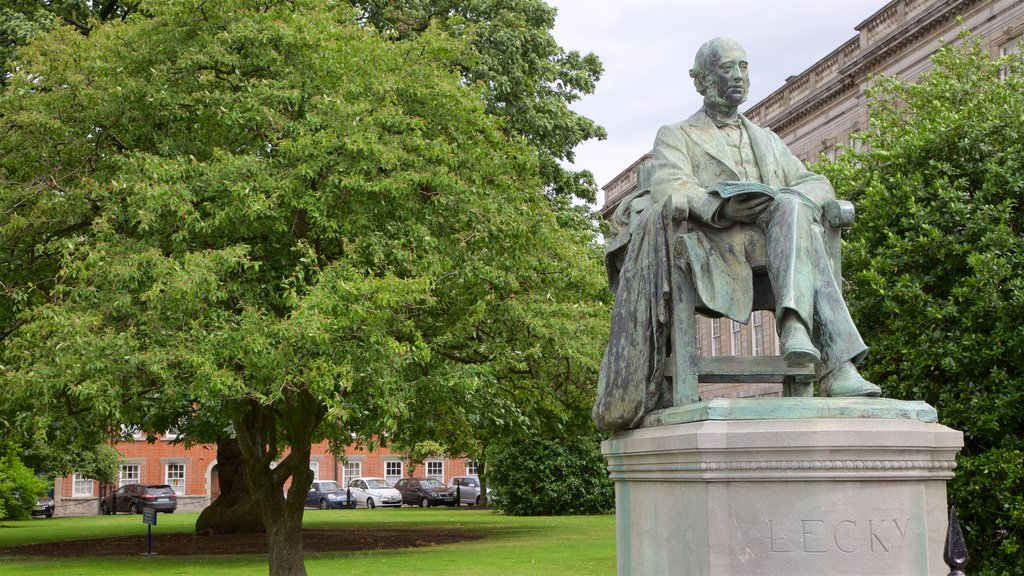 Trinity College featuring a statue or sculpture, heritage elements and a garden