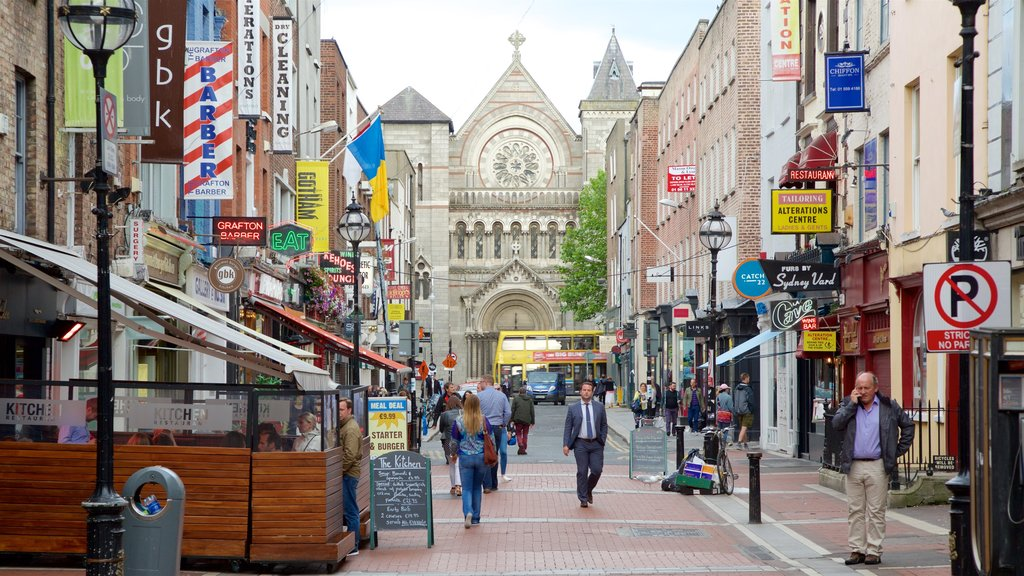 Dublin showing heritage elements, street scenes and religious elements
