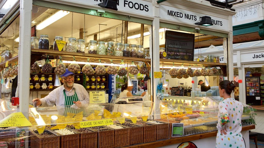 Cardiff featuring shopping, markets and food