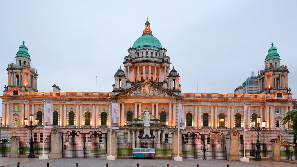 Belfast City Hall which includes heritage architecture, heritage elements and a castle