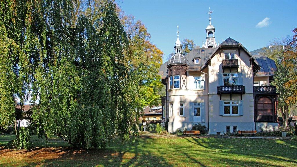 Garmisch-Partenkirchen featuring a garden and heritage architecture