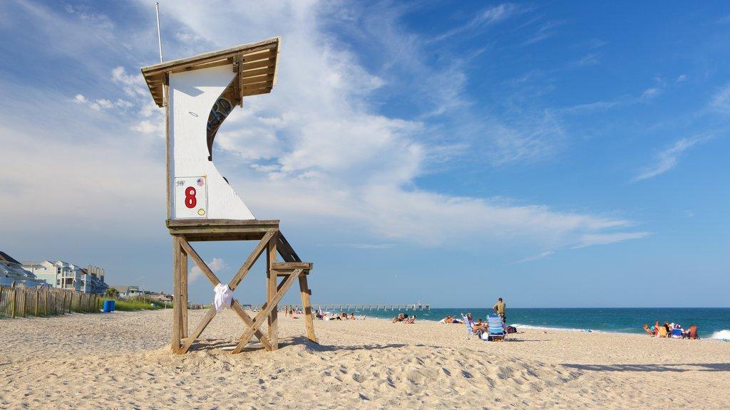 Wrightsville Beach mostrando vistas generales de la costa y una playa de arena