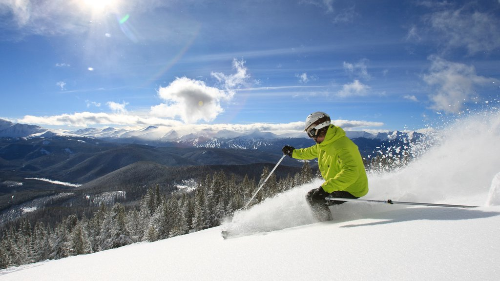 Keystone Ski Resort showing snow skiing, forests and snow