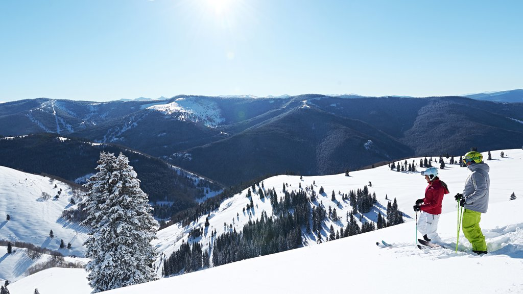 Vail Ski Resort featuring snow skiing, landscape views and snow