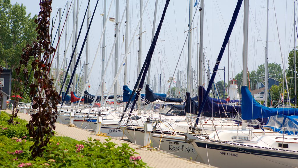 Oakville featuring boating, a marina and sailing