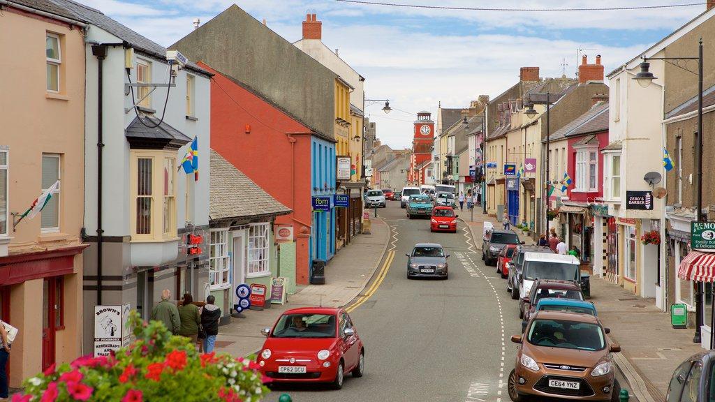 Pembroke featuring street scenes
