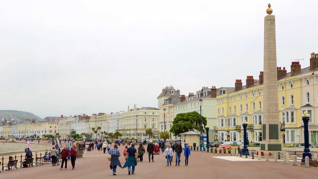 Llandudno which includes a small town or village, a square or plaza and street scenes