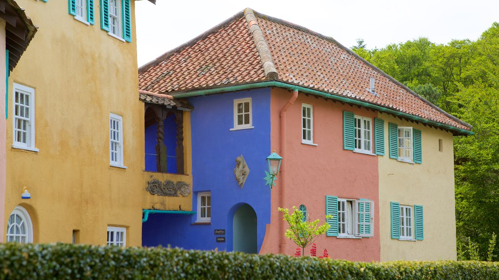 Portmeirion showing a house and a small town or village