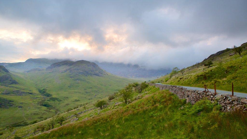 Mount Snowdon showing farmland