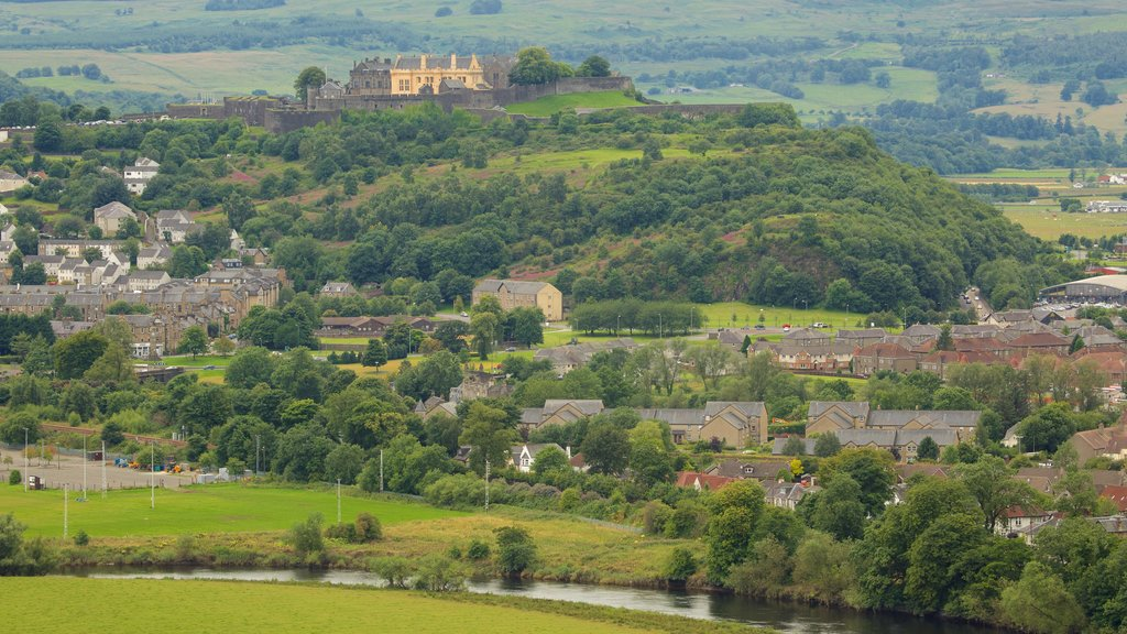 Stirling showing landscape views and a small town or village