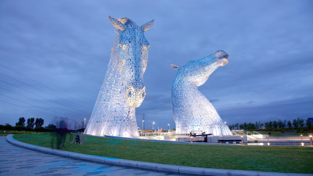 Grangemouth which includes outdoor art and night scenes