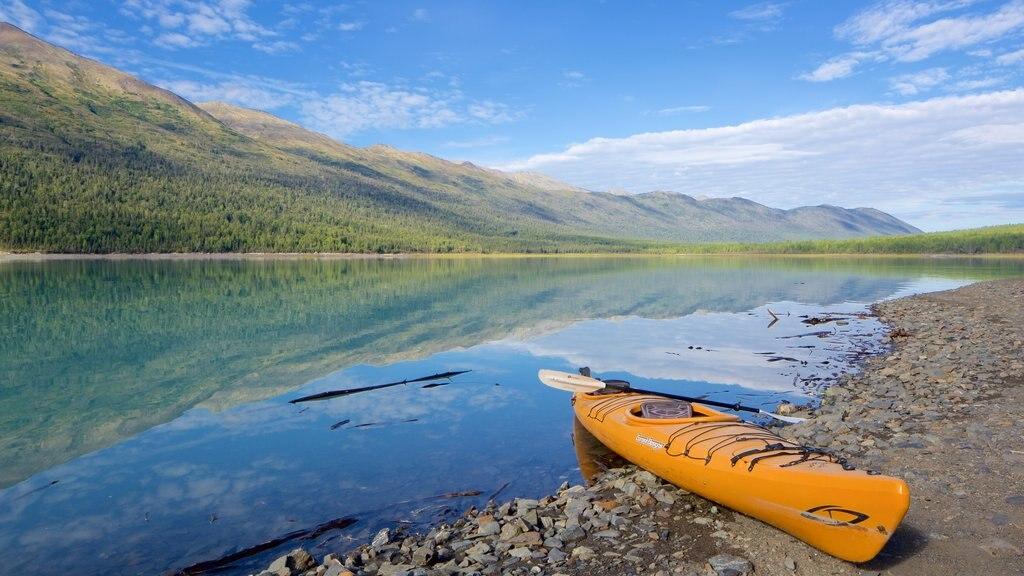 Eklutna Lake featuring a lake or waterhole and kayaking or canoeing