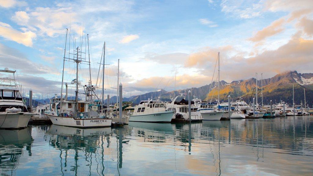 Seward which includes boating, sailing and general coastal views
