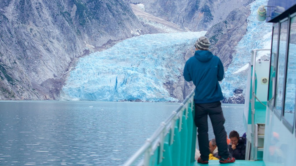 Kenai Fjords National Park featuring snow and whale watching