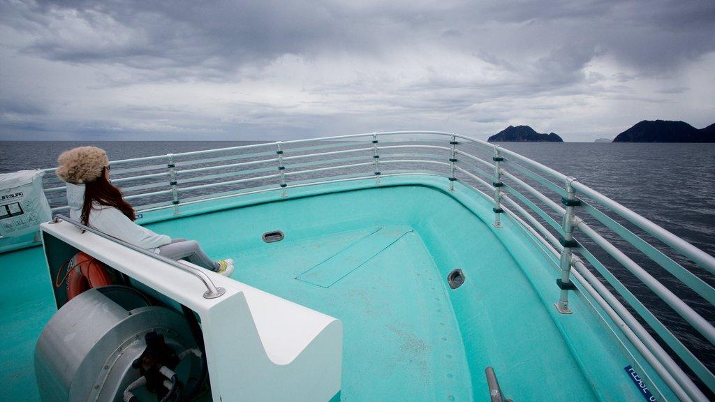 Kenai Fjords National Park y también una mujer