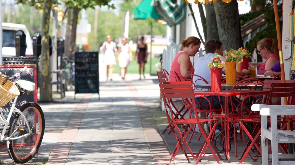 Ocean City featuring outdoor eating, cafe lifestyle and street scenes