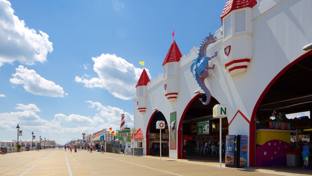 Ocean City which includes rides and street scenes