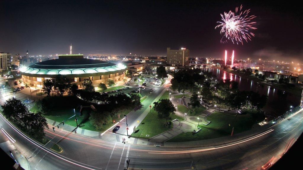 Wichita which includes landscape views, a festival and night scenes