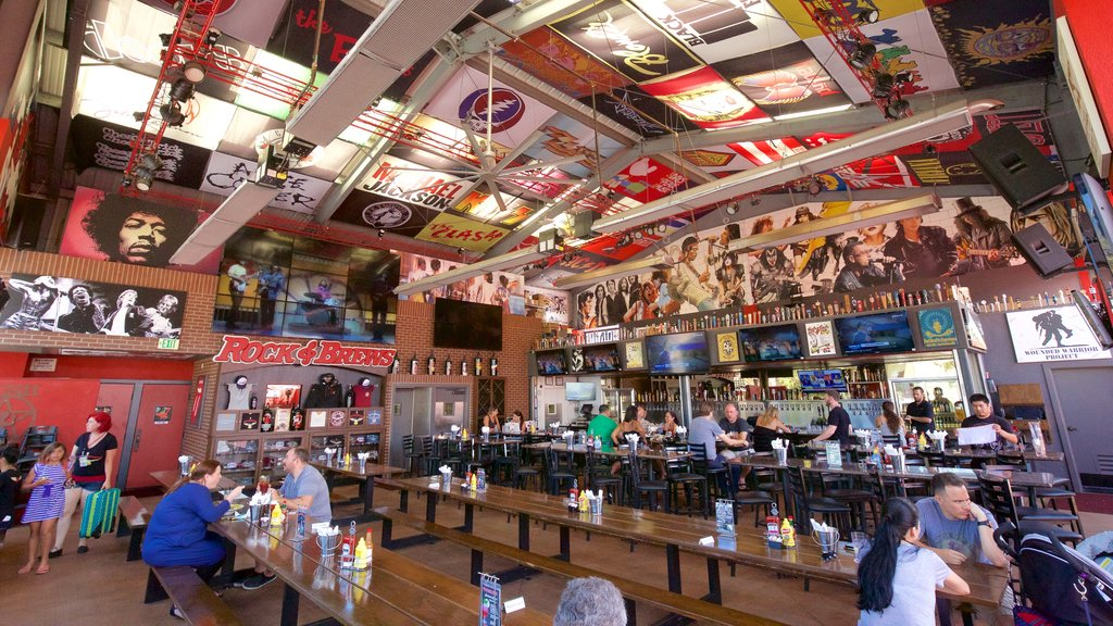 El Segundo showing interior views and cafe scenes