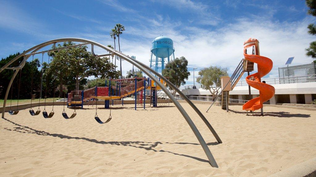 El Segundo showing a playground