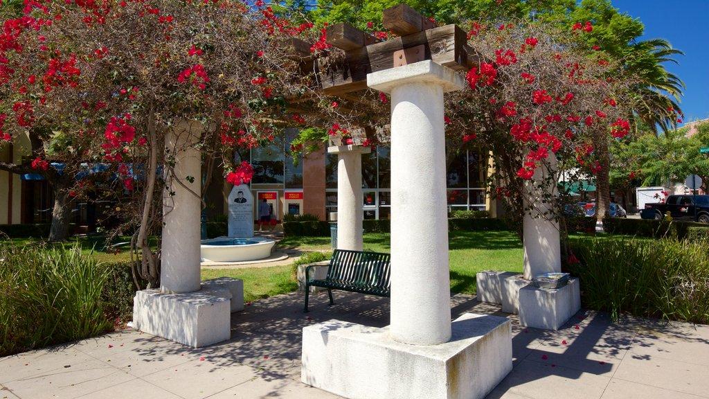 Torrance showing a park