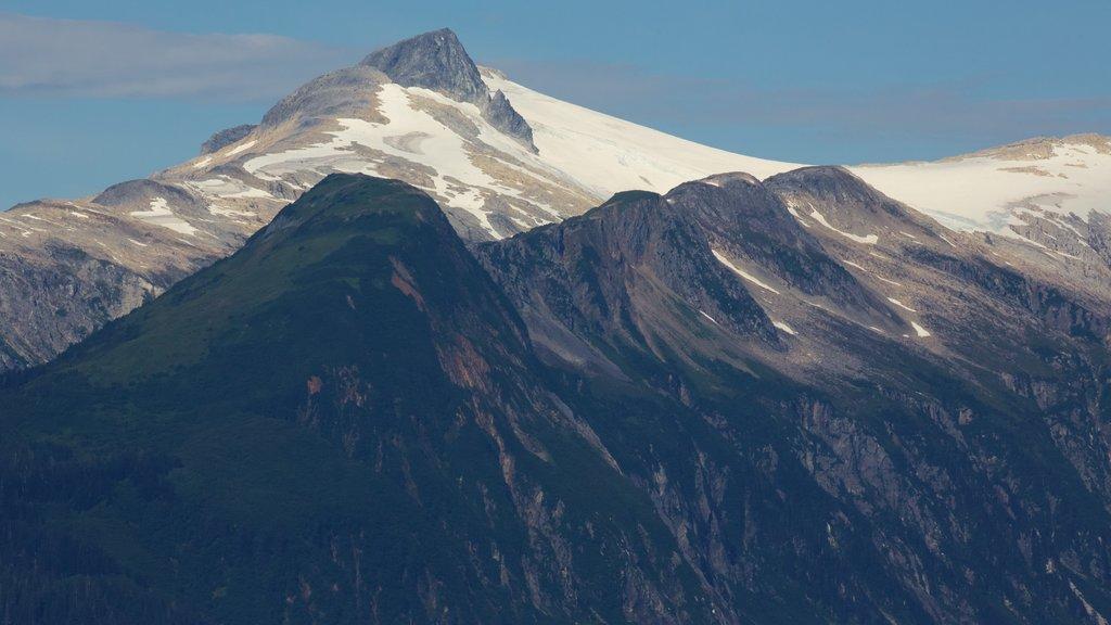 Juneau mostrando montañas y vistas de paisajes