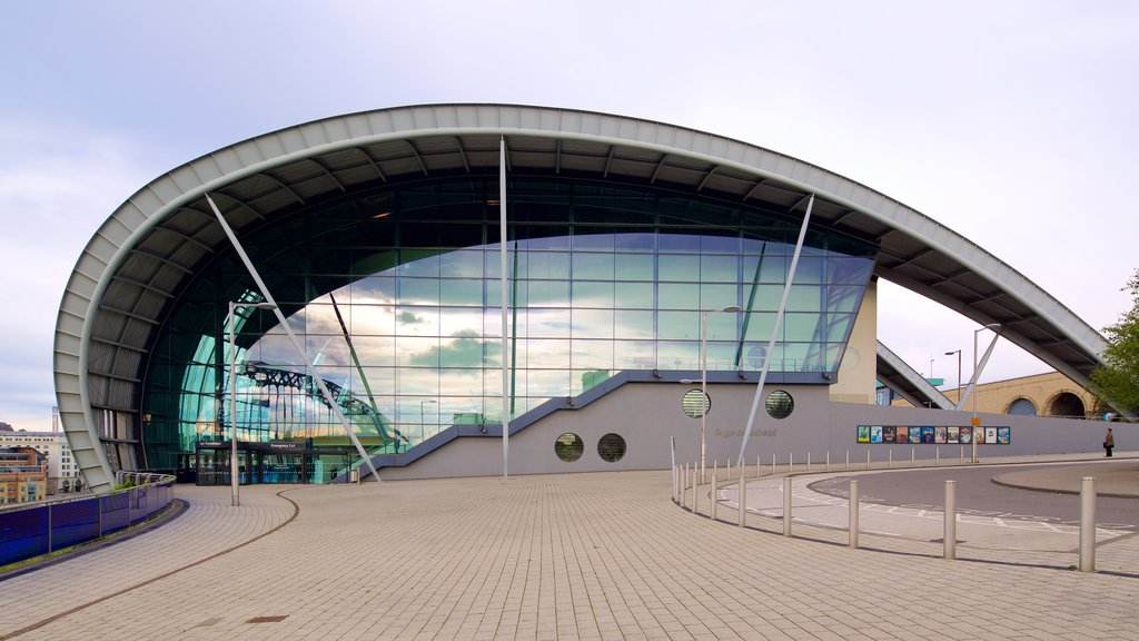 Sage Gateshead which includes modern architecture and a city
